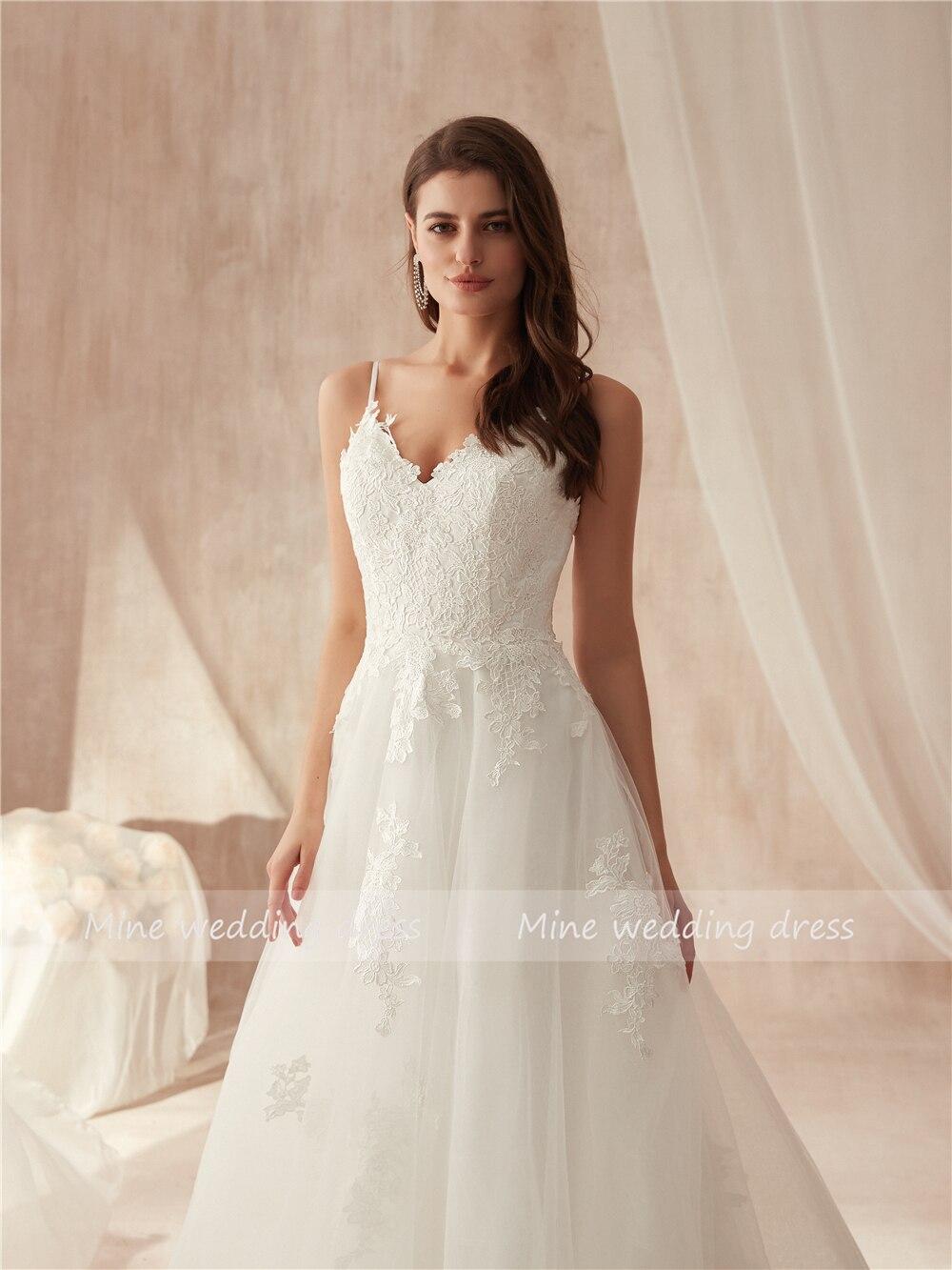 Image 4 - Spaghetti Straps Applique Lace A line Wedding Dress vestido de festa longo de luxo Bridal Gowns New Fashinon 2019 New-in Wedding Dresses from Weddings & Events