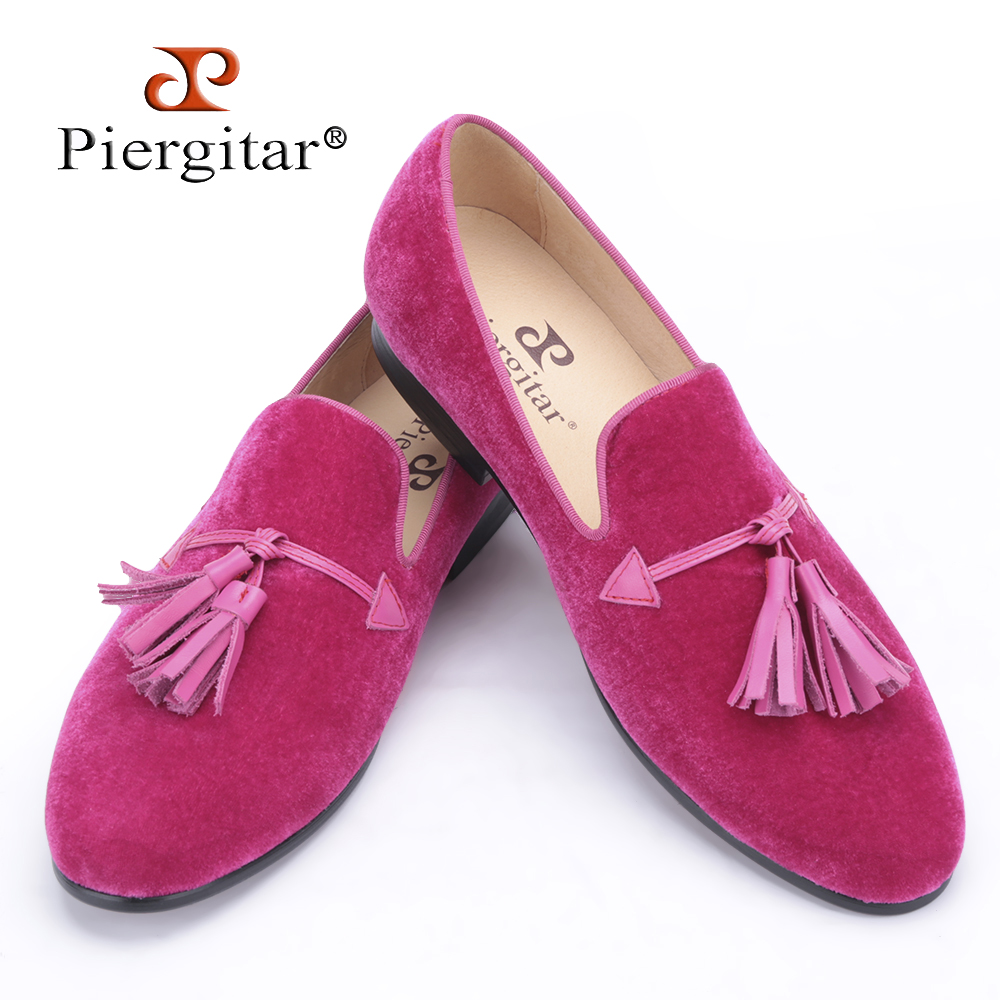 2018 New pink color men velvet shoes fashion leather tassel men loafers wedding and party shoes men's flat size4 17 freeshipping