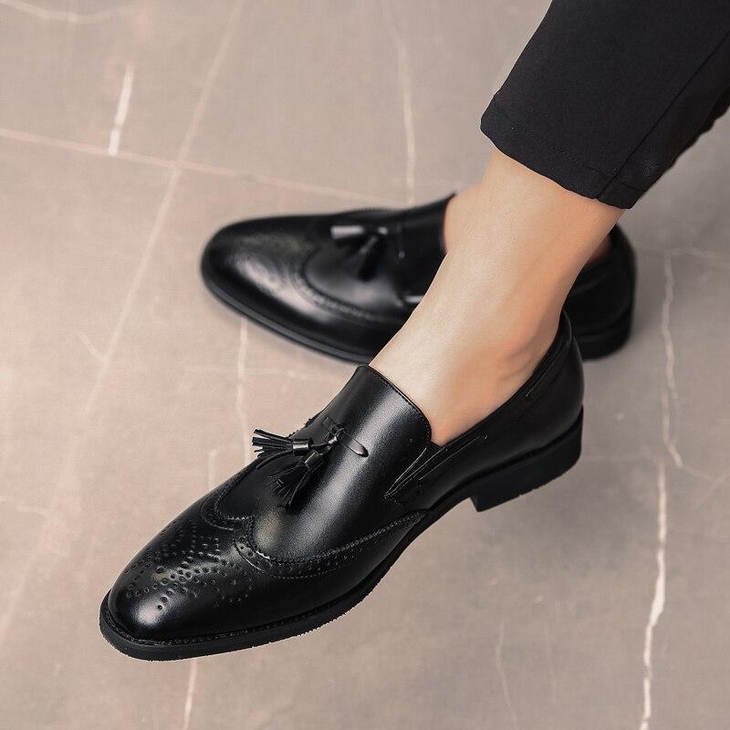 2a876e0535 ... elegante Oxford zapatos para hombres 5. Cheap Cuero italiano Formal  hombres borla zapatos al aire libre vestido Oficina calzado marca de lujo