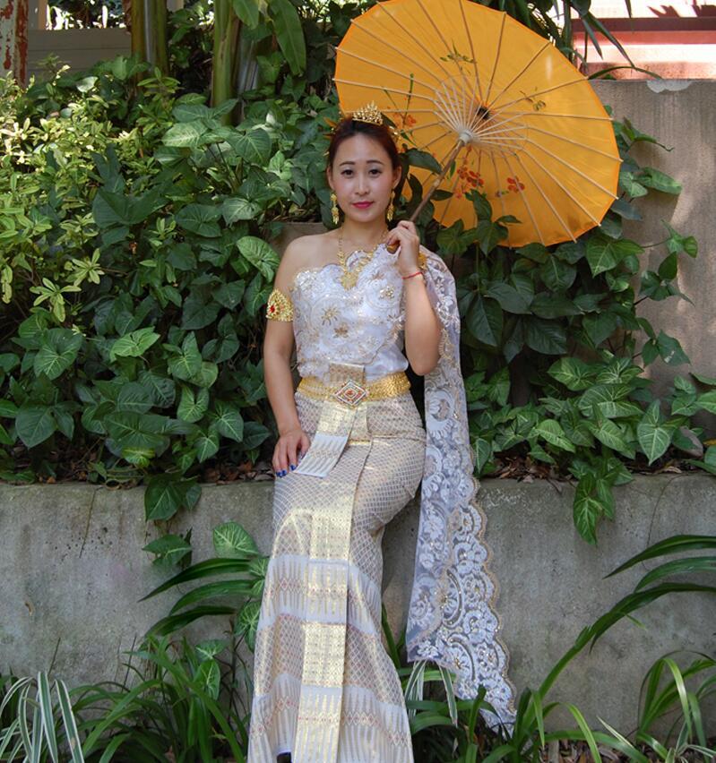 Chinese Minority Clothing Dai Princess Thailand Wedding Dress Dai Bride White Sleeveless Single Shoulder Shawl Wedding Outfit