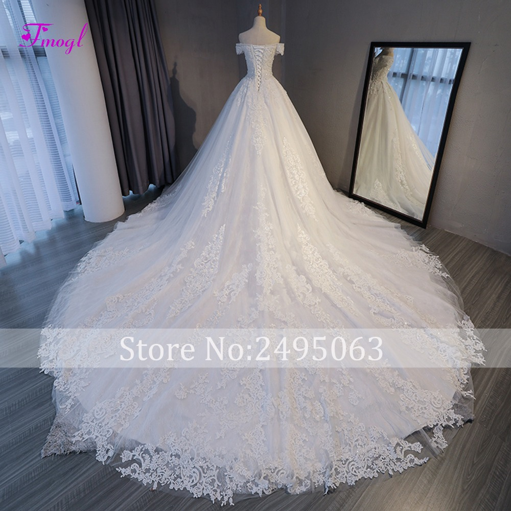 Image 2 - Fmogl Vestido de Noiva Appliques Chapel Train A Line Wedding Dresses 2019 Delicate Beaded Boat Neck Lace Up Princess Bridal Gown-in Wedding Dresses from Weddings & Events