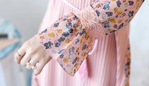 Image 5 - 2019 Autumn and Winter Floral Chiffon Knitted Nursing Dress For Pregnant Women Sweater Long sleeve Maternity Breastfeeding Dress