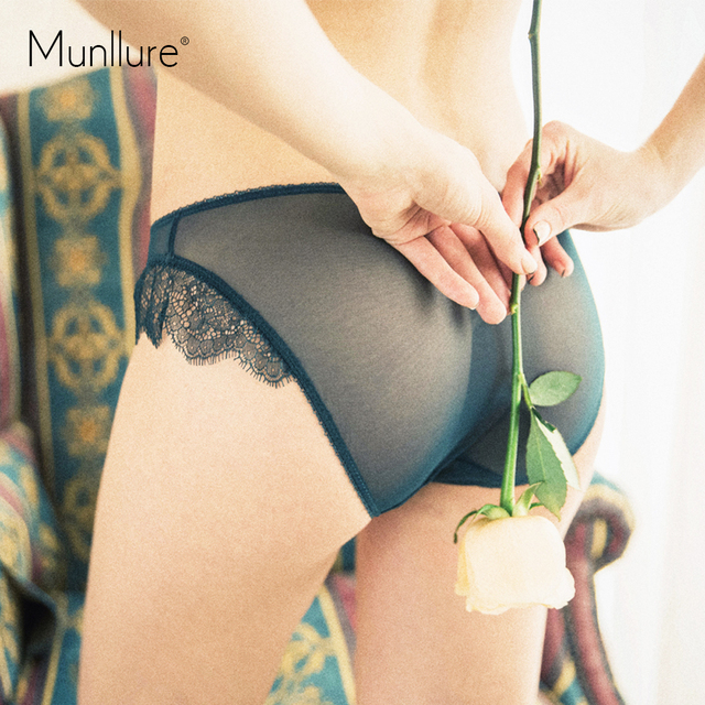 Munllure 2017 Soild Embroidered Lace Women Bra and Panty Set Convertible Straps Brassiere Lingerie Set Lounge Underwear for Girl