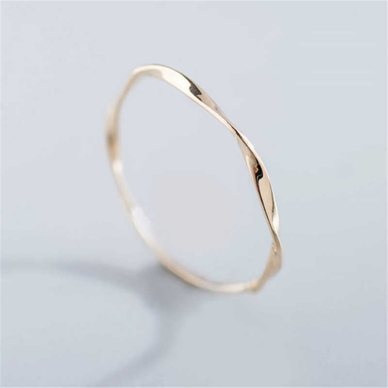 Cute Dainty Women's Simple Slim Water Ripples Ring Zirconia Simple Rings for Women Fashion Jewelry Gift Wedding Ring