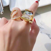 Fashionable temperament ring luxury color shell index finger