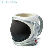 Creative 3D Astronaut Helmet Ceramic Mug Form Water Cup Coffee Travel Handgrip Weird Gift Personality Milk Cups For Boy