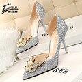 Marca 2017 de diseño de lujo Rhinestone red bottom tacones altos zapatos de las mujeres zapatos de tacones bombas de las señoras de la boda zapatos de novia de oro de la astilla