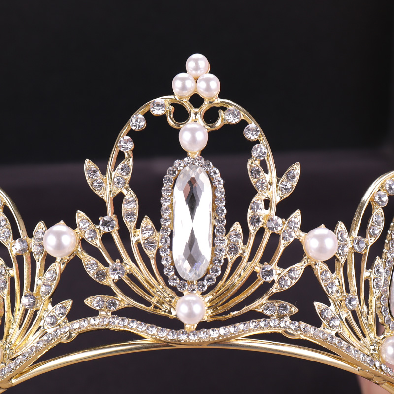 Gold Crown (1)