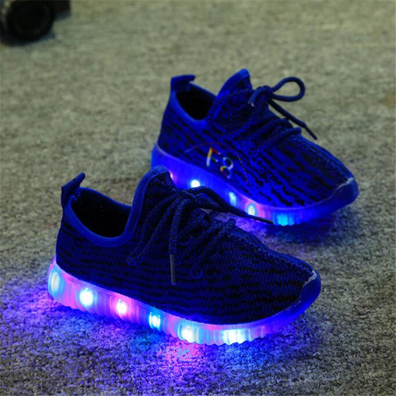 New Fashion Child Casual Shoes Flash LED Light Up Sneakers Sequins Luminous Glowing Boots Toddlers Boys Girls Sport Shoes
