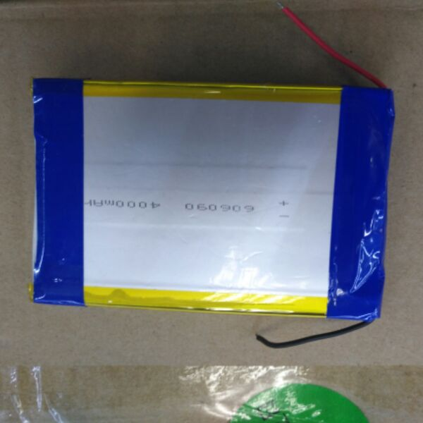 Package 3.7V large capacity polymer lithium battery 606090*2 8000ma mobile power charging treasure core polymer lithium battery 11000mah 3 7v ultra large capacity mobile power charging treasure a core li ion cell