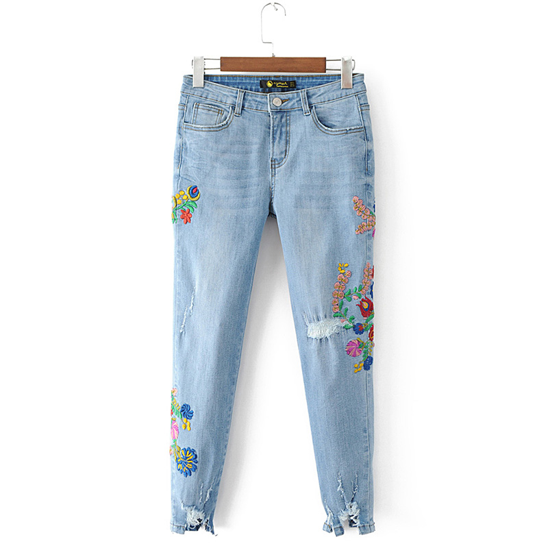2017 Fashion BF Style Ripped Jeans Mid Waist Jeans Women Floral Embroidery Pencil Denim Pants Sexy Holes Ankle-length Trousers 2017 fashion women jeans retro style floral embroidery ripped hole denim pencil pants vintage mid waist ankle length trousers