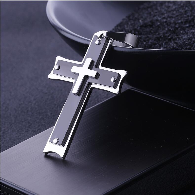Bijoux de mode classique catholique croix noire titane acier collier pendentif unisexe