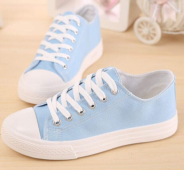 Free Shipping Fashion Canvas Shoes Lace up Fashion Shoes Low Top Candy colored Breathable Casual Shoes