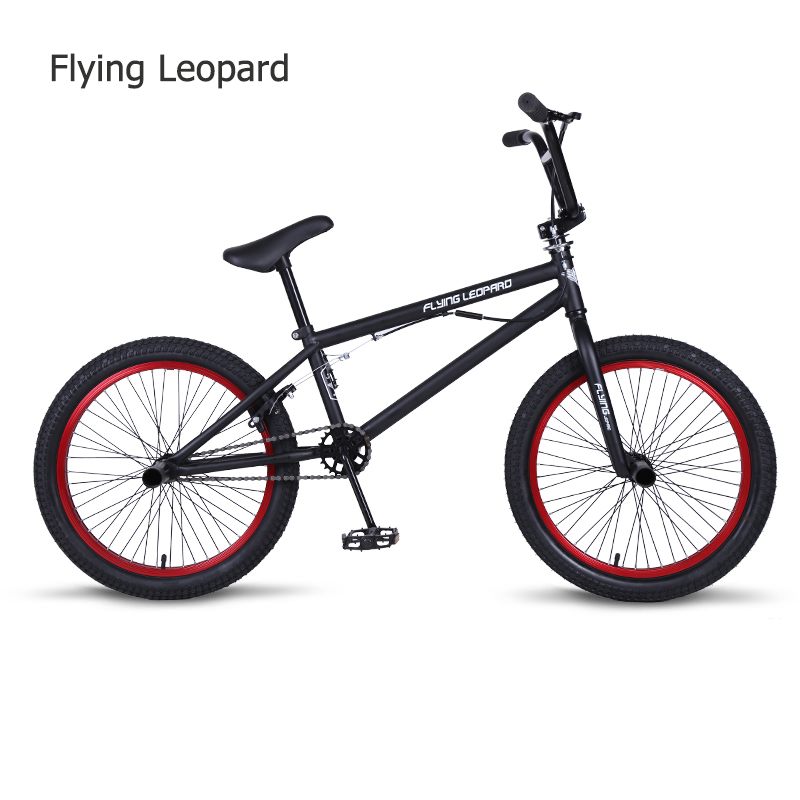 BMX 20 pouces BMX vélo cadre en acier Performance vélo violet/rouge pneu vélo pour spectacle acrobatique vélo arrière fantaisie rue vélo