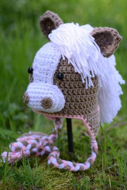 d1fc97843 Ganchillo bebé sombrero caballo foto del bebé ganchillo sombreros para niños