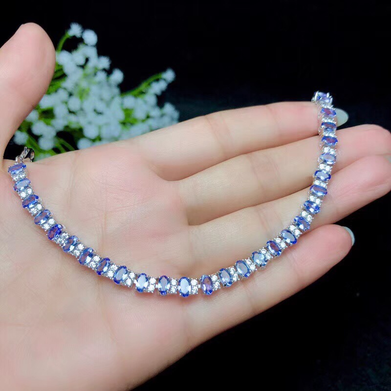 Natural tanzanite bracelet, classic style, 925 silver, simple to wear, beautiful effect, luxurious styleNatural tanzanite bracelet, classic style, 925 silver, simple to wear, beautiful effect, luxurious style