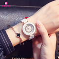 KEZZI Marca Relógios das Mulheres 30 Relógios de Cerâmica À Prova D' Água Branco Carving Pattern Rhinestone Senhoras Vestido Quartz Watch Horloges