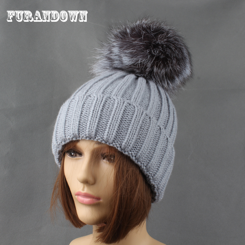 Winter Silver Fox Fur Hats For Women Ensfarget tykk Strikkede beanie - Klær tilbehør