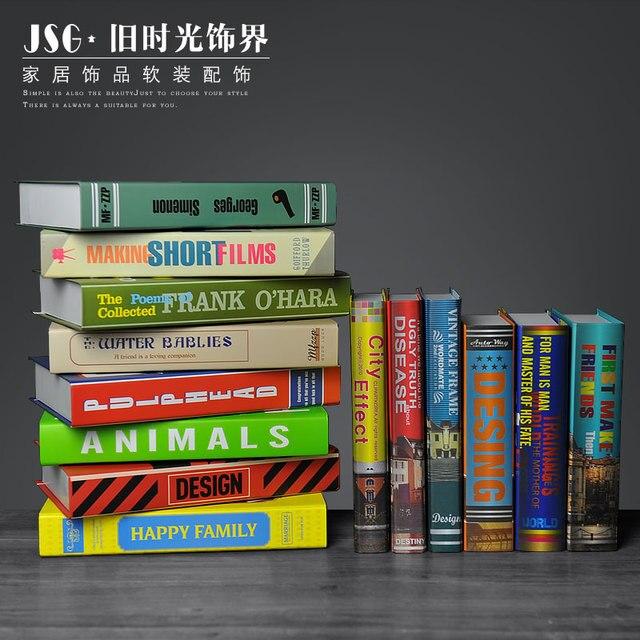 https://ae01.alicdn.com/kf/HTB1PXcQSFXXXXbUXXXXq6xXFXXX5/De-oude-tijd-eenvoudige-moderne-decoratieve-kleding-store-een-boek-slipcase-simulatie-valse-boekenkast-boeken-Nordic.jpg_640x640.jpg