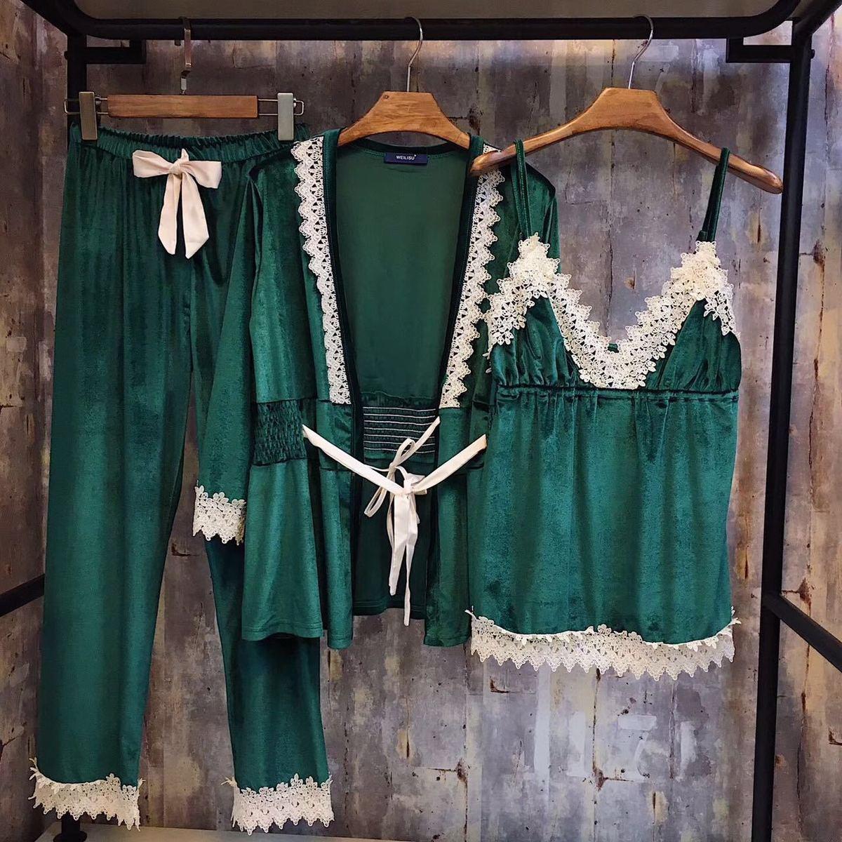 RenYvtil 2017 New Autumn Winter Women's Pajama Set Velvet Lace Nightwear 3 Pics Set Robe Trousers Home Clothes Thicken Sleepwear