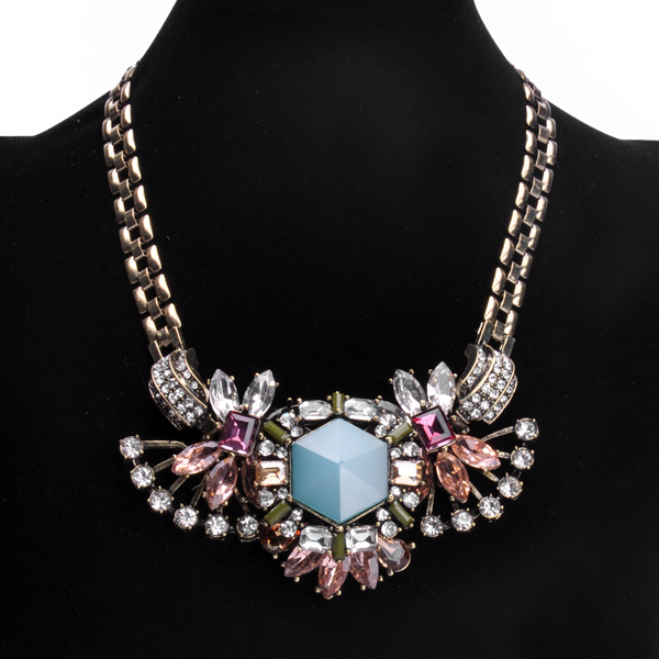 European&American Fashion High-quality Resin Flowers Three Colors of Glass Rhinestone Gold Necklace NO Min. Order free shipping