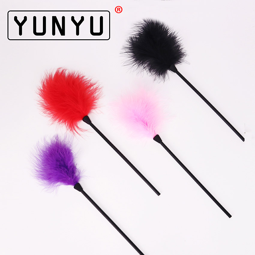 1PC Flirting Feather Black Feather Flirting Whip Sex Toys Flirt Soft Flogger for Couple Adult Game Sex Products
