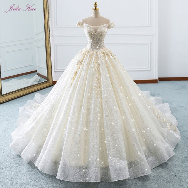 Elegant Shiny Voile Scalloped Appliques Off The Shoulder Beading Crystale New Arrival Lace-Up Ball Gown Princess Wedding Dress