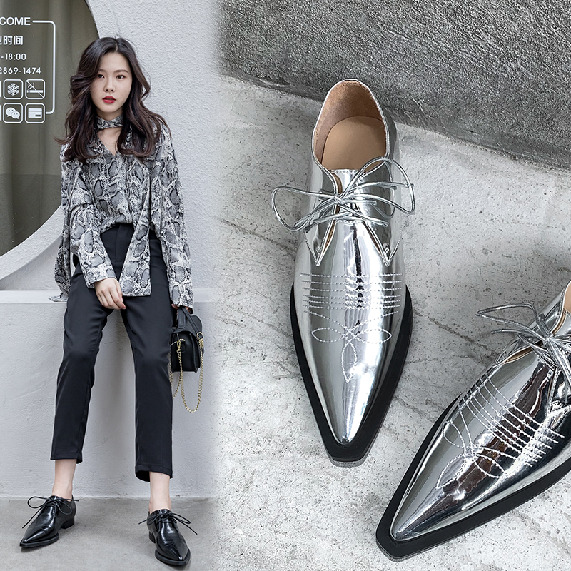 INS Hot Women Pumps Genuine Leather Shoes 22-25cm Length Spring And Autumn Pointed Toe Embroidered Pattern Silver Black Colors