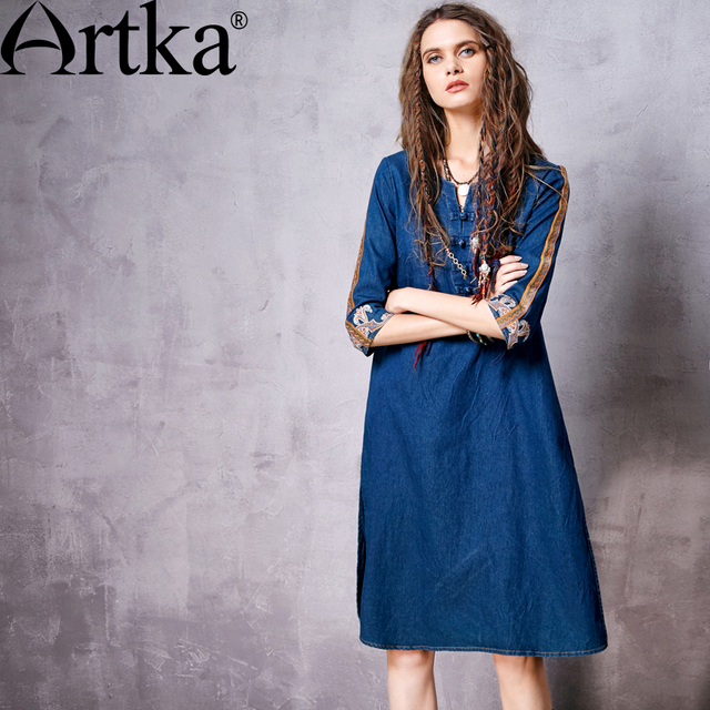 Artka Women's Autumn New Boho Style Embroidery Frog Botton Denim Dress Vintage O-neck Half Sleeve Knee-Length Dress LN10861C