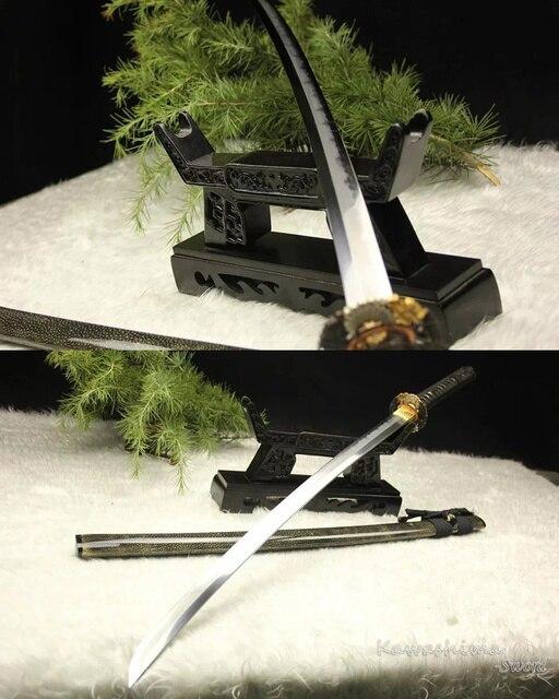Katana Kobuse japonais entièrement main | Qualité supérieure, en acier plié, argile vrai Hamon trempé Rayskin Scabbard épée de Samurai