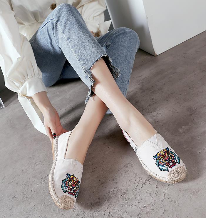 pieds sexy de femmes wattrelos