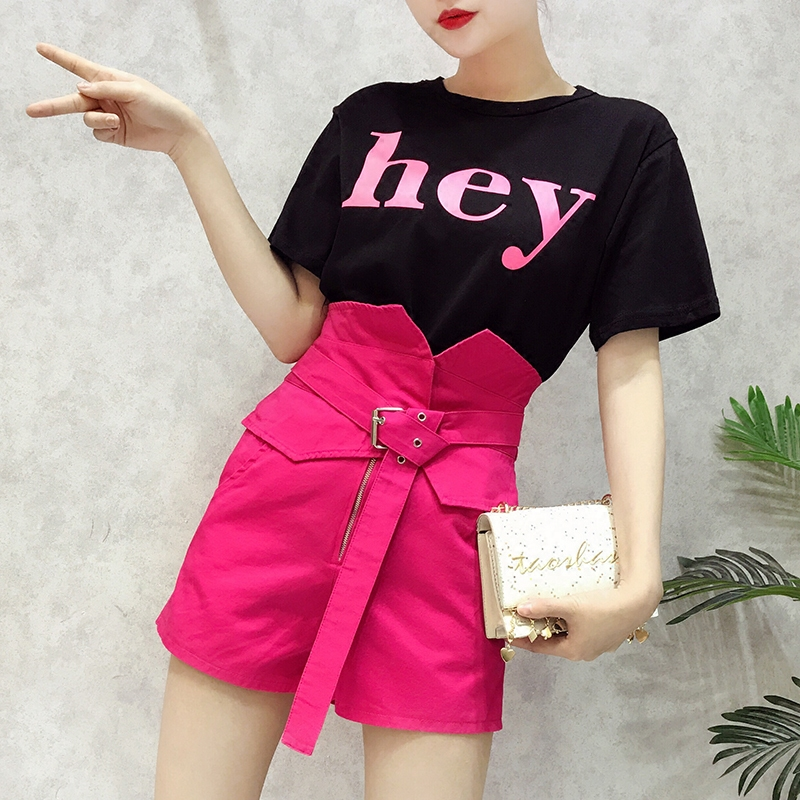 Social Smart Net Red Two Sets of Female Summer 2018 New Korean Version Chic Shirt T-shirt with High Waist Shorts