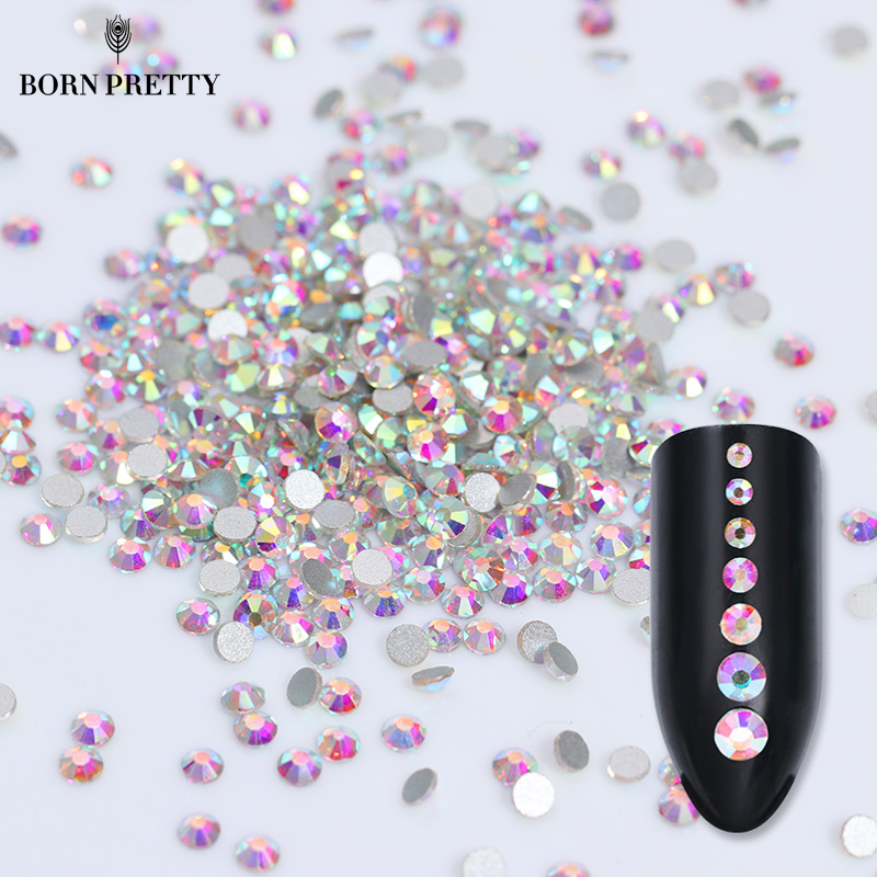1 Bag Flat Back Rhinestone 3D Nail Decoration Fargeløs Multi-Size Tilbehør Manicure Nail Art Decoration