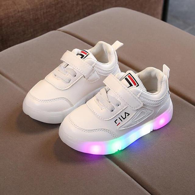 Детские Обувь со светодиодной подсветкой 2019 новое платье для маленьких детские светящиеся Сникерсы для мальчиков Светодиодный проблесковый; повседневная обувь с подсветкой; европейский размер 21-30