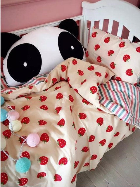Baby Bedding Sets Cartoon Strawberry Cotton Pattern Reactive Printing Baby Cot Sheet Breathable Without Stimulation Baby Bedding