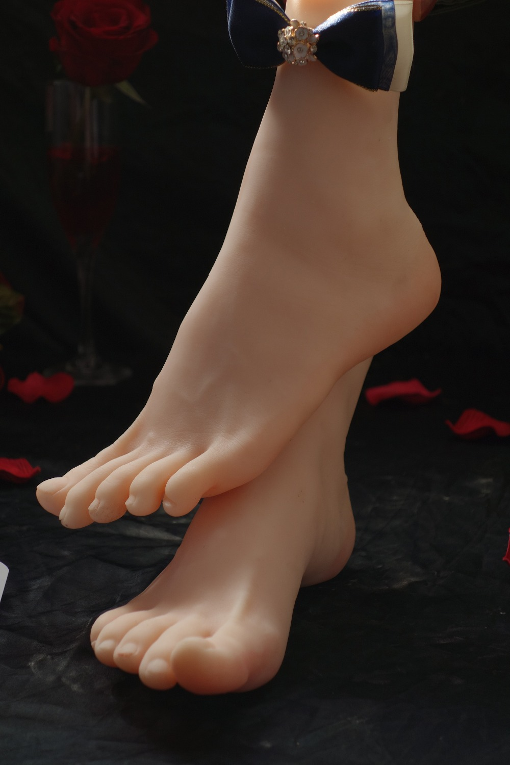 Newest cloning silicone Pussy female women foot Feet Soldier fetish leg model footfetish worship whitening skinNewest cloning silicone Pussy female women foot Feet Soldier fetish leg model footfetish worship whitening skin