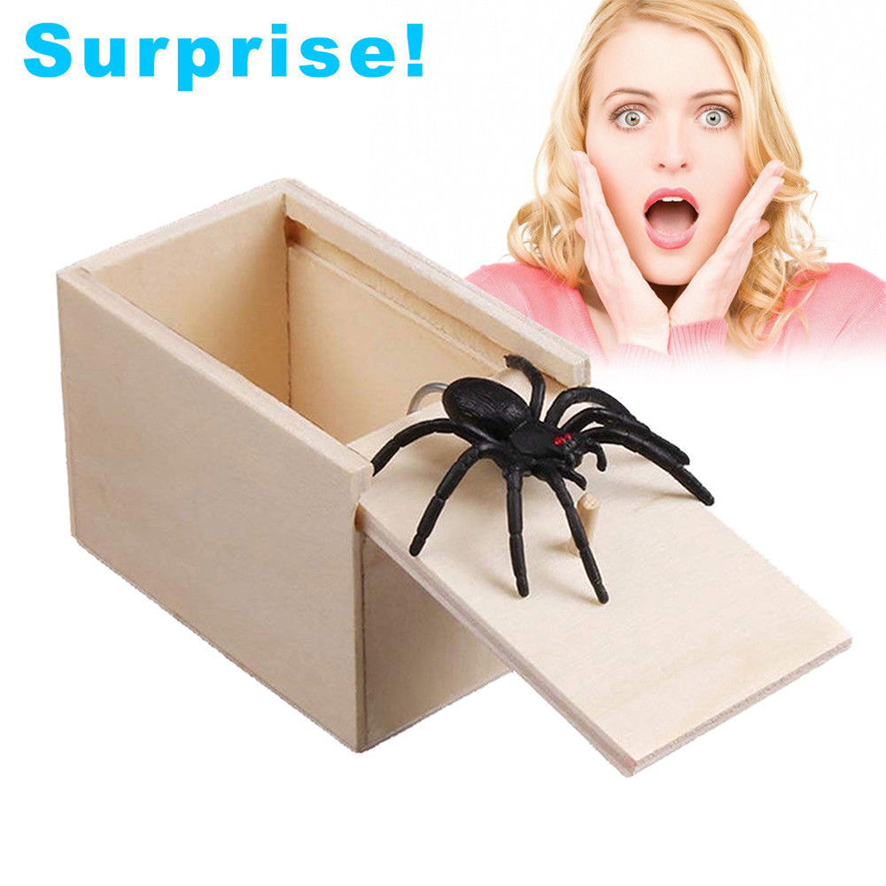April Fool's Day Gift Wooden Prank Trick Funny Scare Box Spider Hidden In Case Prank Wooden Scarebox Joke Trick Play Toys