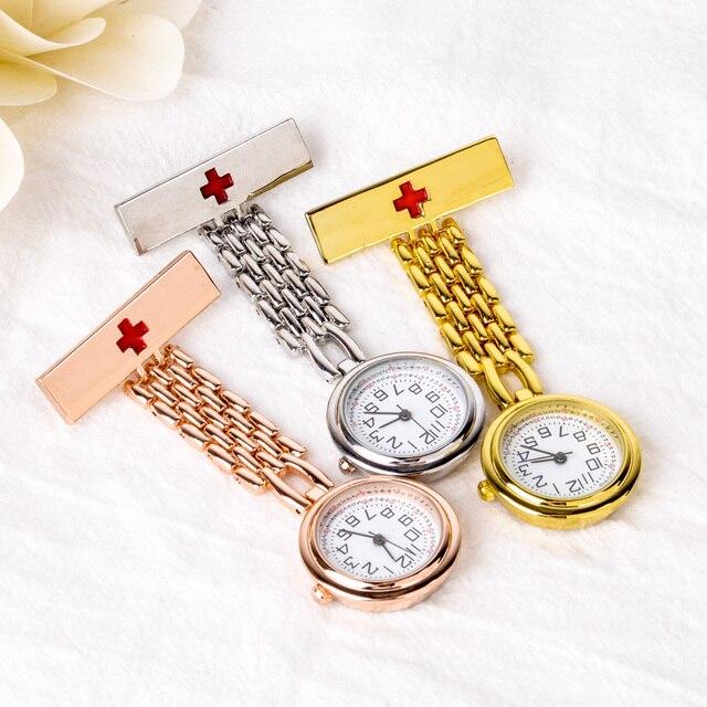 Cadran rond croix rouge infirmière Montre argent broche en or Fob pince à Quartz sur suspendus montres de poche médicale Montre cadeau 3 couleurs