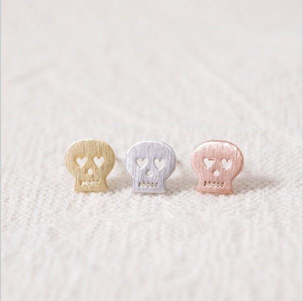 Fashion cartoon skull stud earrings wholesale free shipping