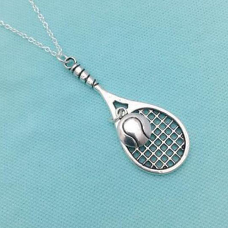 Orecchini a forma di racchetta da tennis in argento Sterling con ciondoli a forma di racchetta da tennis in confezione regalo