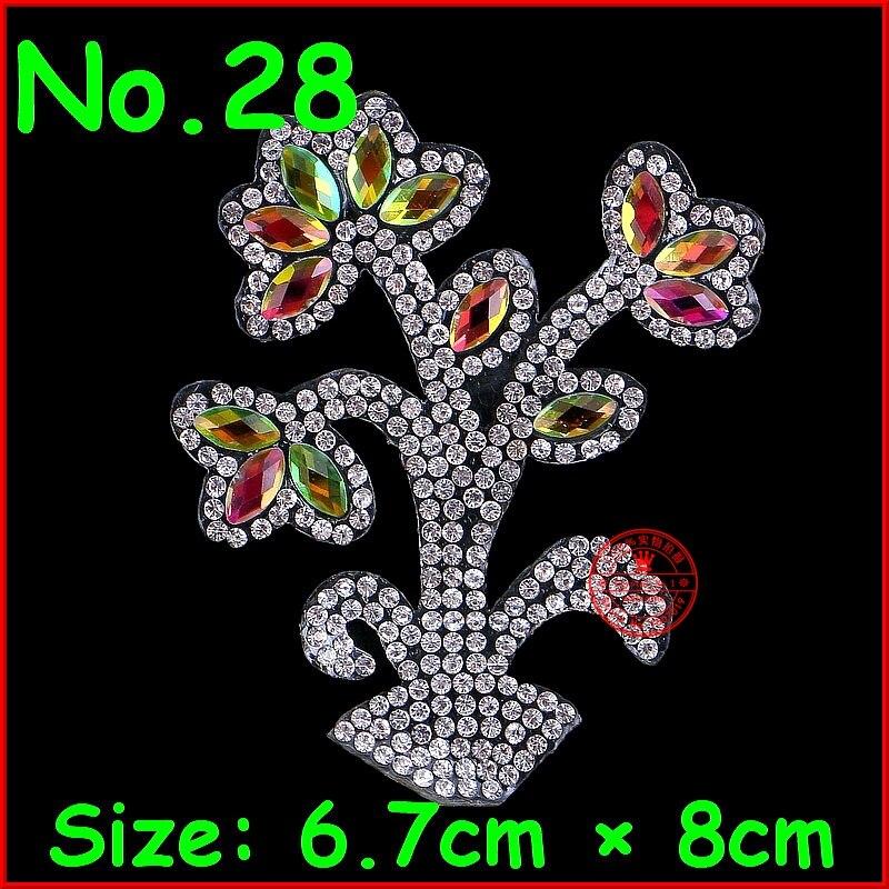 1 pcs Flower Patches Hotfix Rhinestones Motifs Iron On Motif Badge For  Children Kids Women Clothes e79e4b25cdbd