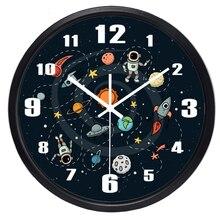 Скидка мультфильм космический пилот спальня настенные часы для детей мальчик комната, не тикающий звук