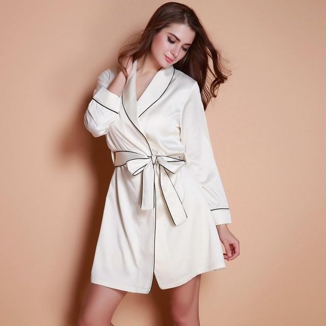 Autumn new feminine sense of noble silk pajamas robe robe bathrobe home service