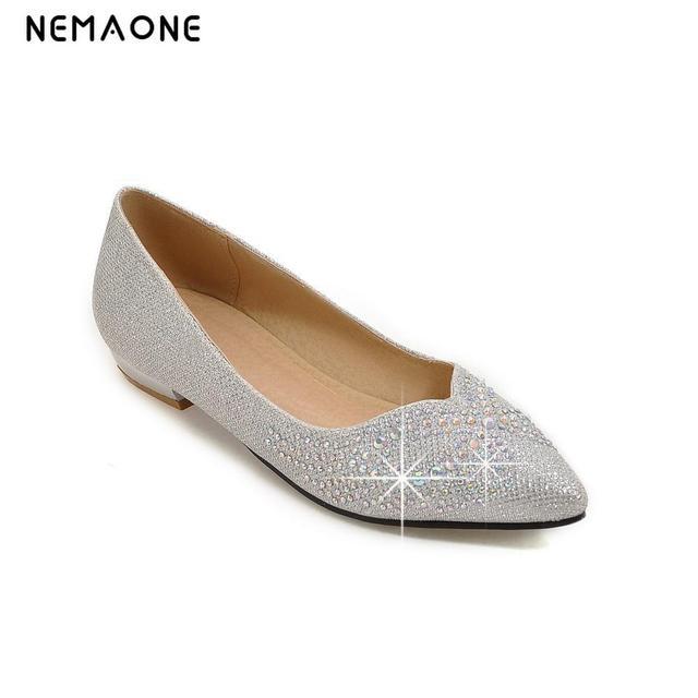 8ab4ec465547 2019 new fashion trend Women shinning Flat Shoes Slip On Shoes Women  Shallow Mouth Flat Shoes Women rhinestone flat shoes