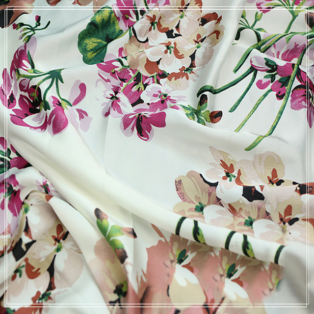 145x100cm Sateen Flower Print Fabrics For Wedding Dress Sheet