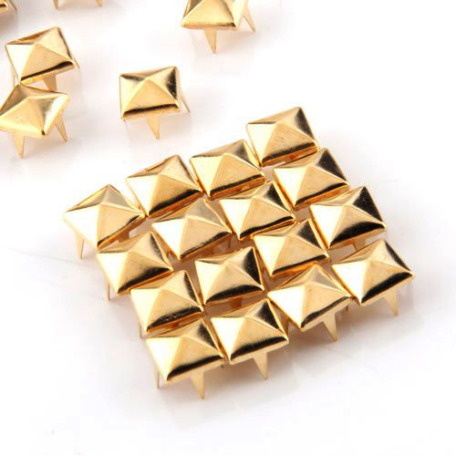 Best selling 100x Ouro 8mm Pyramid Studs Spots Punk Nailheads Spikes para Bag Shoes Pulseira
