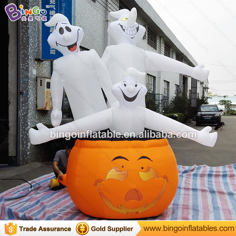 Halloween Event Decoration Inflatable Pumpkin with Three Ghost Horrific Inflatable Gohst Stand on Pumpkin for Halloween DecorHalloween Event Decoration Inflatable Pumpkin with Three Ghost Horrific Inflatable Gohst Stand on Pumpkin for Halloween Decor
