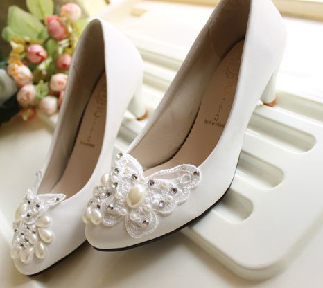 Свадебная обувь невесты белый мода ручной работы жемчуг бабочка свадебные свадебное насосы shoesTG233 мед ближний пятки свадебные туфли