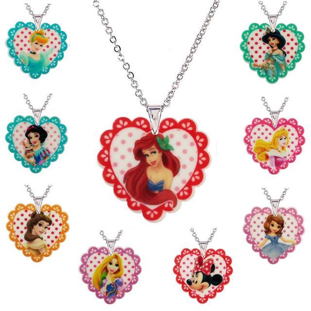 46893dbb1ef8 Nueva princesa de dibujos animados flatback resina COLLAR COLGANTE para  Niñas Cadena de plata corazón resina