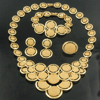 2017 New Fashion Indian Ladies Gold Jewelry Set Round Design Big Necklace African Bride Wedding Jewelry
